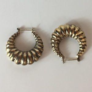 VINTAGE circa 1990s Fun Gold Earrings